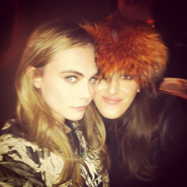 Cara Delevingne-H&M Fashion Show Paris