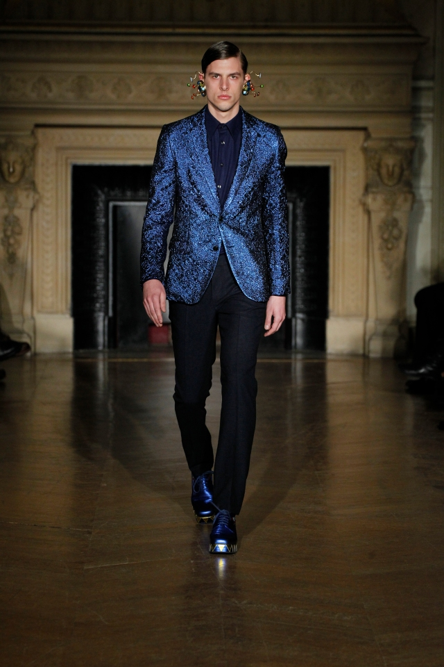 WALTER VON BEIRENDONCK FALL WINTER 2013 PARIS 01/16/13