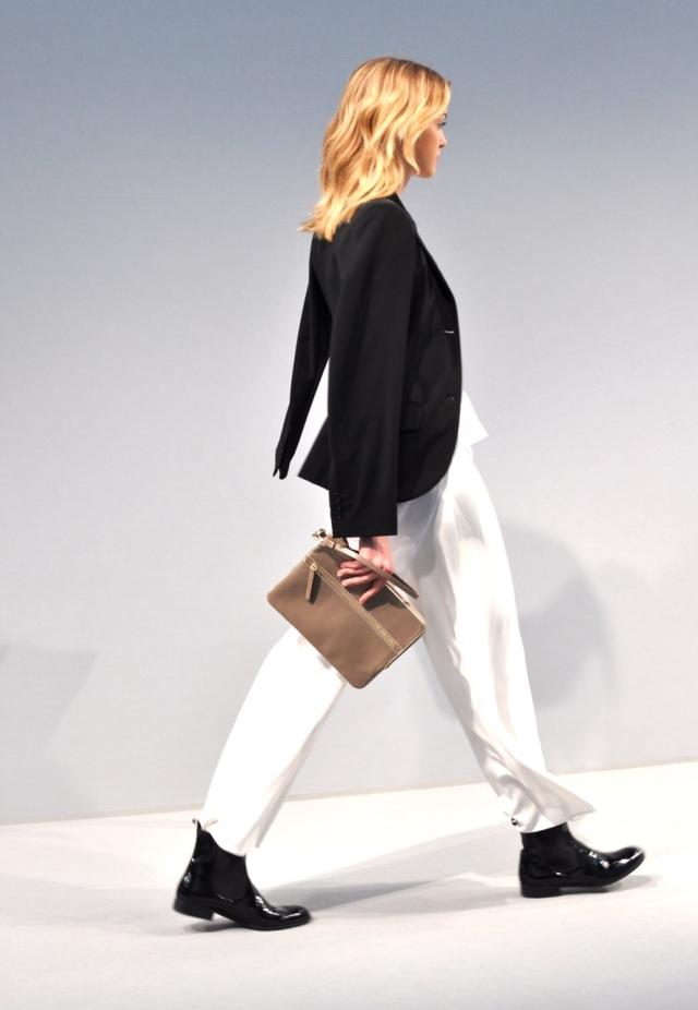 Agnes b-Automne hiver 13-14 Fashion Show 2