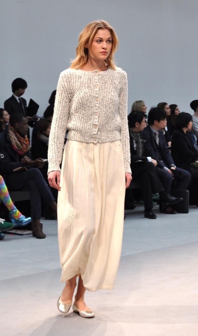 Agnes b-Automne hiver 13-14 Fashion Show 5
