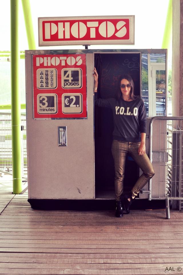 YOLO Sweat-Fashion Blog