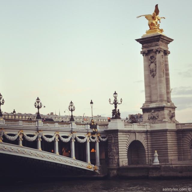 Maxim's-Bateau Ivre-Pont Alexandre III