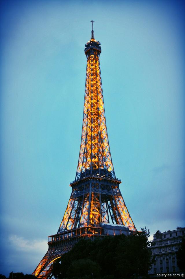 Maxim's-Bateau Ivre Tour Eiffel
