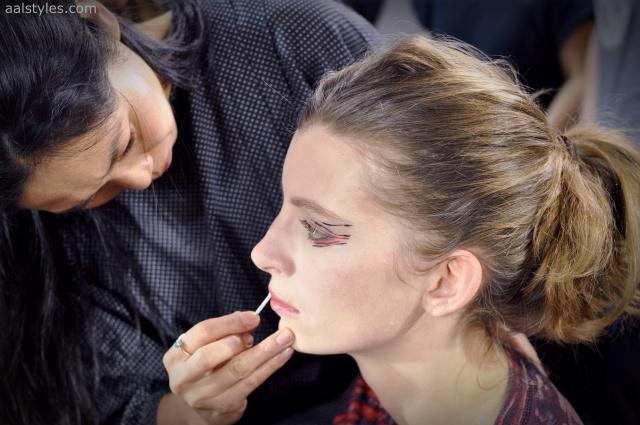 Vaccarello Fall-Winter 2014 2015-Backstage Estee Lauder 23