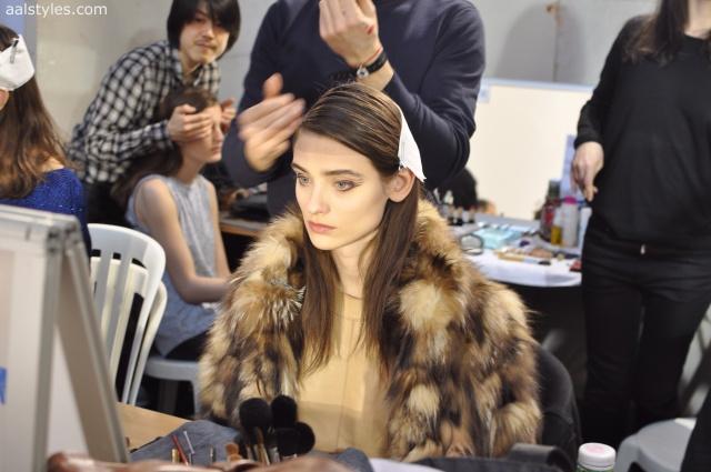 Vaccarello Fall-Winter 2014 2015-Backstage Estee Lauder 24