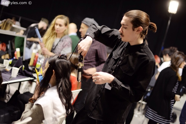 Cédric Charlier-Automne-Hiver 15-16-Backstage-Bumble and bumble-2