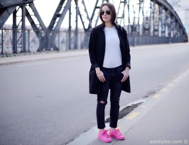 Pharrell x Adidas Superstar Supercolor-Semi Solar Pink-Fashion Blog-1