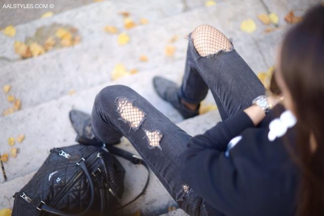 Jeans troué avec bas résille-2